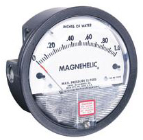 MAGNEHELIC DIFFERENTIAL PRESSURE GAGE 2001