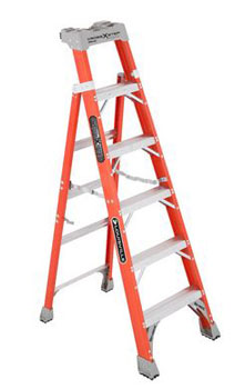 CROSS-STEP 06' FIBERGLASS LADDER FXS1506 TYPE IA 300lb RATED