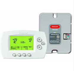 Honeywell YTH6320R1023 Wireless Programmable FocusPRO Kit with Wireless Adapter